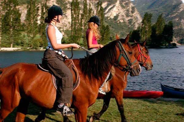Pack Hotel + Excursión a caballo