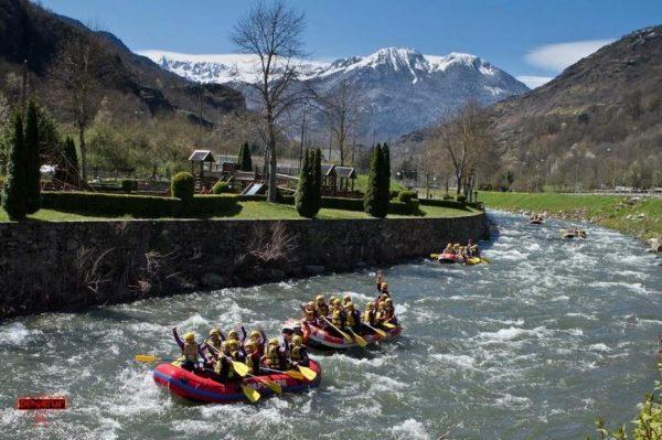 Hotel + Ráfting en las aguas del Río Garona
