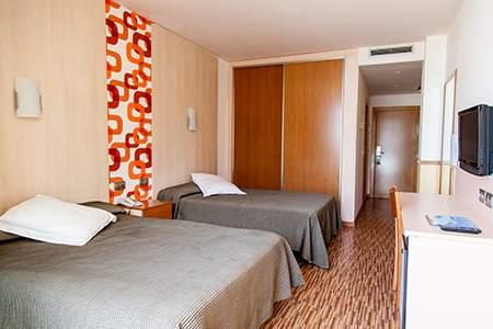 habitacion hotel ametlla mar