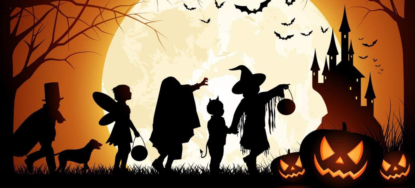 Halloween i Castanyada davant del mar
