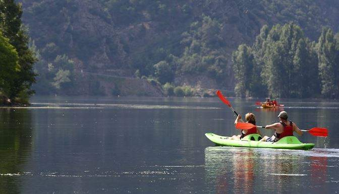 Pack Hotel + Kayak