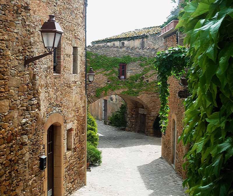 Pueblos medievales en Girona